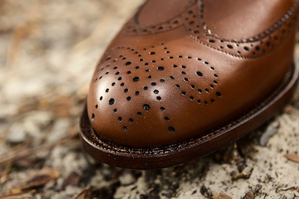 chaussures hommes bout fleuri