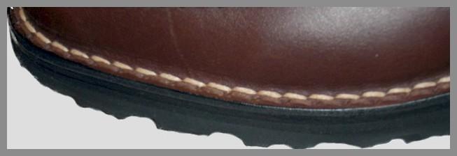 montages des chaussures cousu sandalette