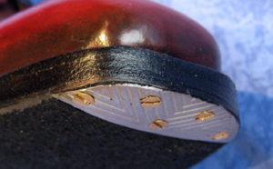 fer 300x186 - Les réparations courantes pour vos chaussures