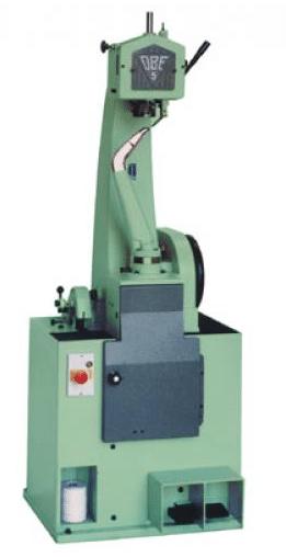 machine montage chaussure cousu blake