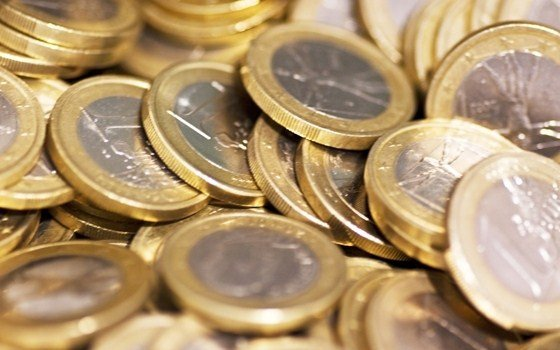 3946 fullimage eurocoins.jpg 560x350 - articles