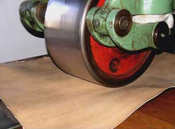 cylindrage du cuir - Semelles en cuir : fabrication, protection et entretien