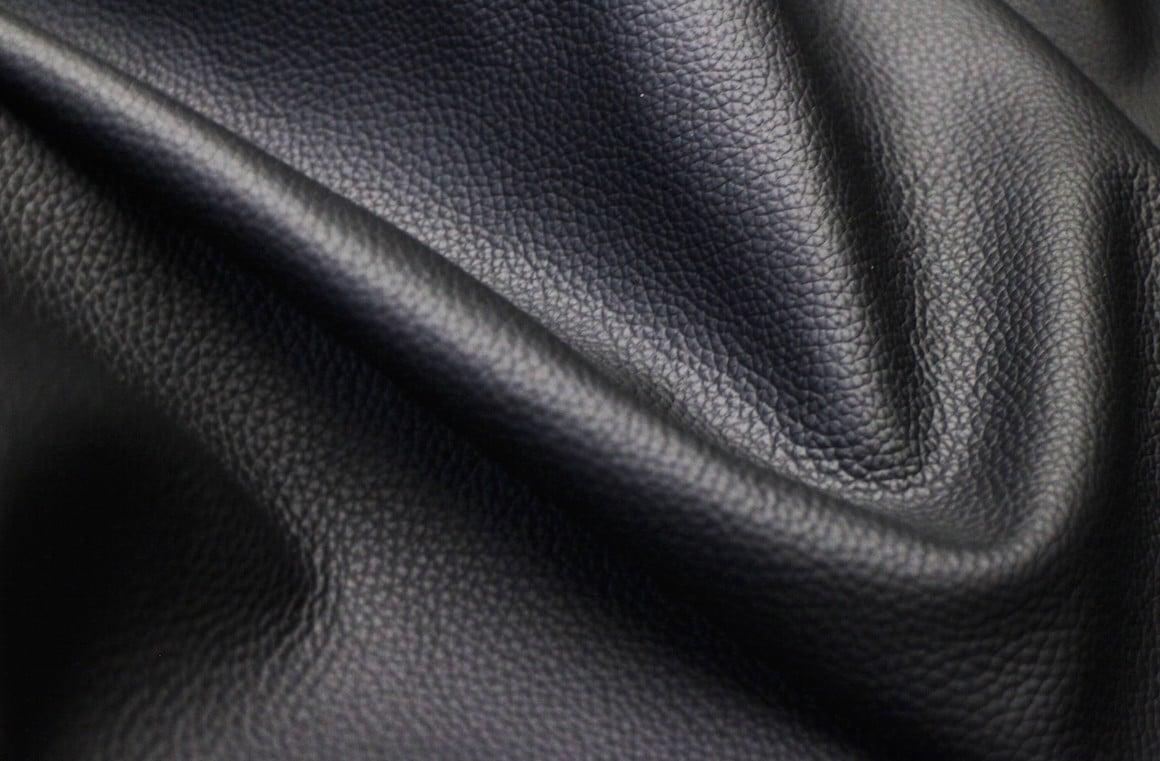 chaussures en cuir noir - articles