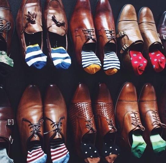 chaussettes chaussures associations