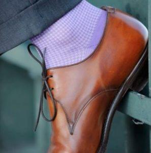 chaussettes3 297x300 - Chaussettes pour hommes :  l'atout insoupçonné de votre placard