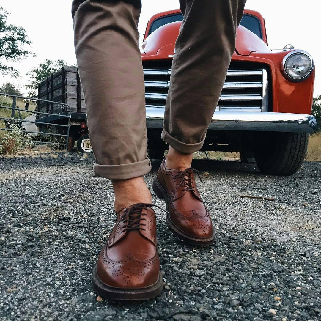 choisir chaussures hommes brogue long wing - Choisir des chaussures pour homme : les 5 paires indispensables