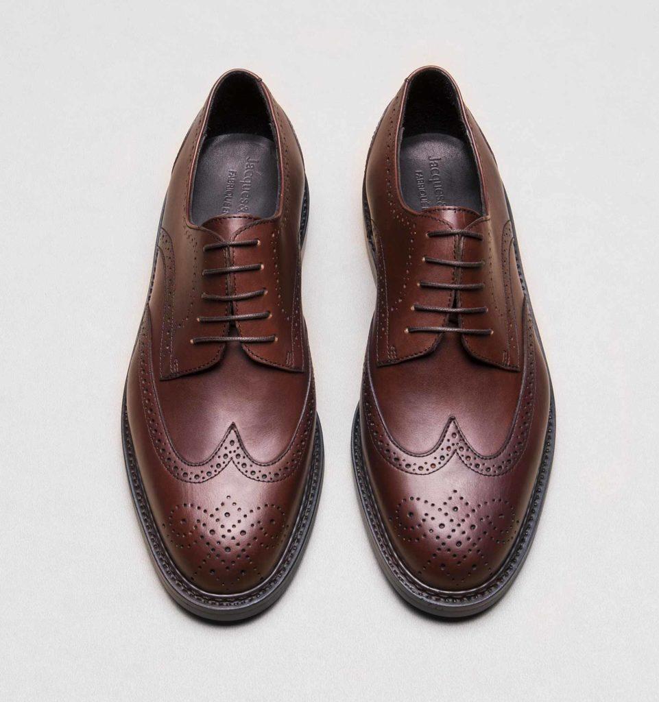 derby brogue v2 suportlo marron 2 961x1024 - Choisir des chaussures pour homme : les 5 paires indispensables