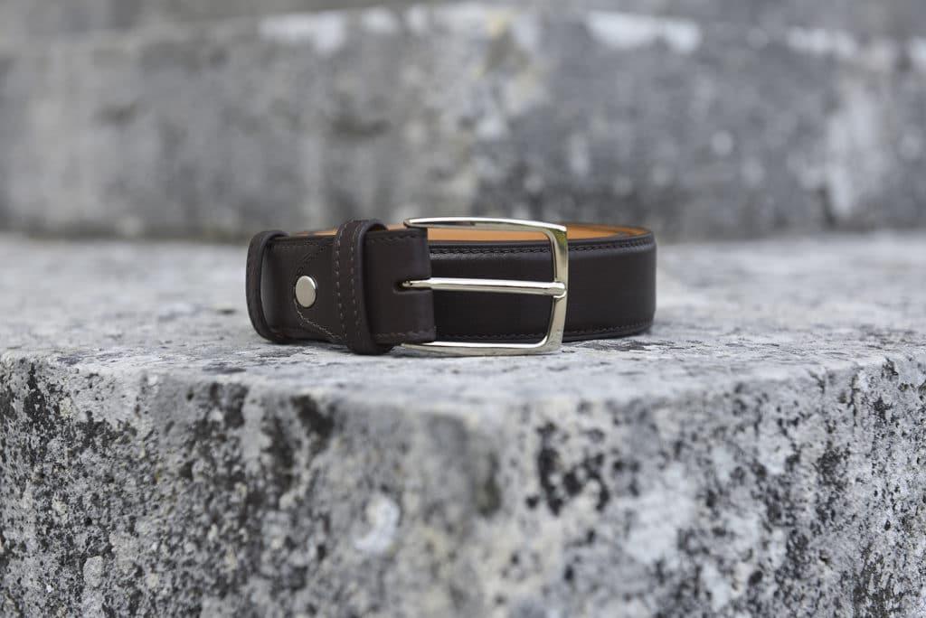 ceinture cuir marron fonce 1024x684 - 5 nouvelles patines, 7 nouvelles ceintures : 57 possibilités !