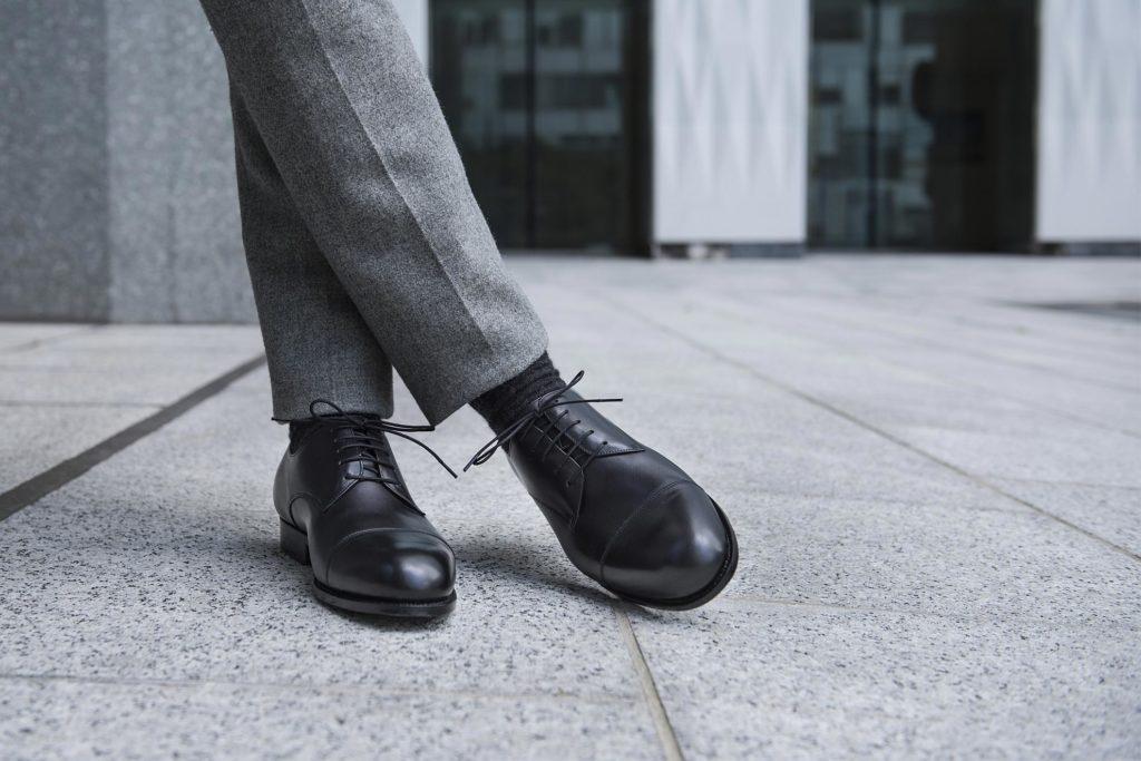 chaussure derby bout droit 1024x683 - La chaussure derby : origines et histoire