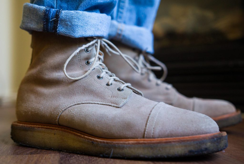 semelle crepe sale 2 1024x692 - Semelle crêpe pour chaussures : le guide complet